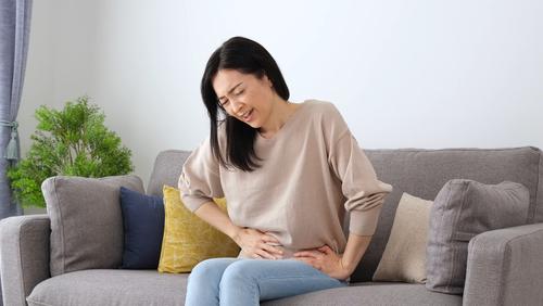 生理痛の緩和に効く!ヨガの簡単おすすめポーズ5選