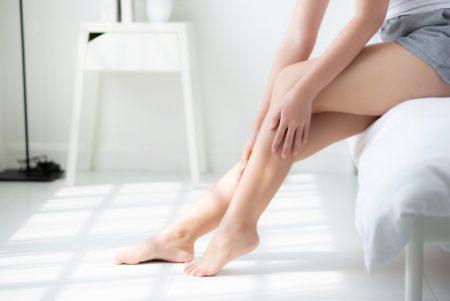 キレイな脚を作るヨガポーズはこれ!美脚になるポーズを徹底解説