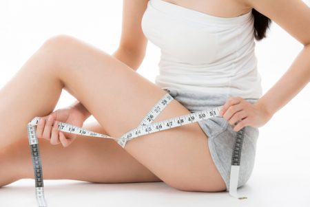 ヨガで下半身痩せしたい!効果的な理由とおすすめポーズを解説