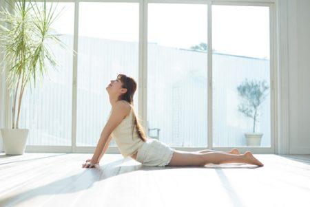 腸腰筋ストレッチで得られる3つのメリットとは?腰回りをほぐすヨガポーズも紹介!