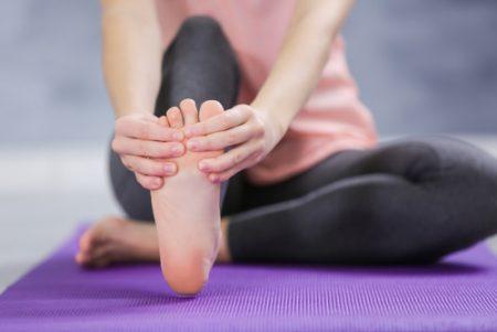足指トレーニングでポーズの基盤を強化して、ブレない自分を作る